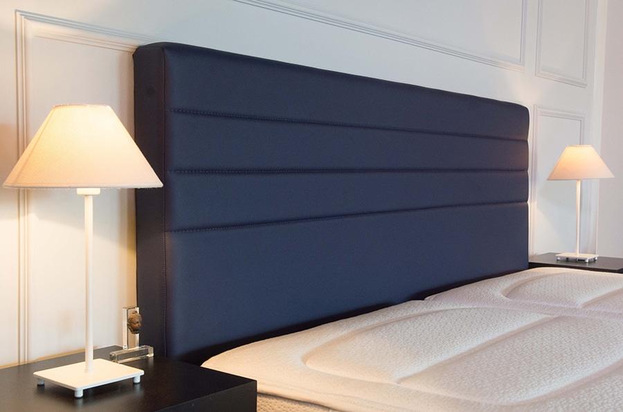 Boxspring_merk_Simmons_hotel_hoofdbord_blauw_bed_linea_beautyrest